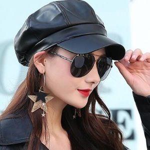 Accessories - 1 LEFT! Paperboy Leather Hats Cabbie Cap Hat